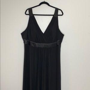 David's bridal black bridesmaid dress maxi 26